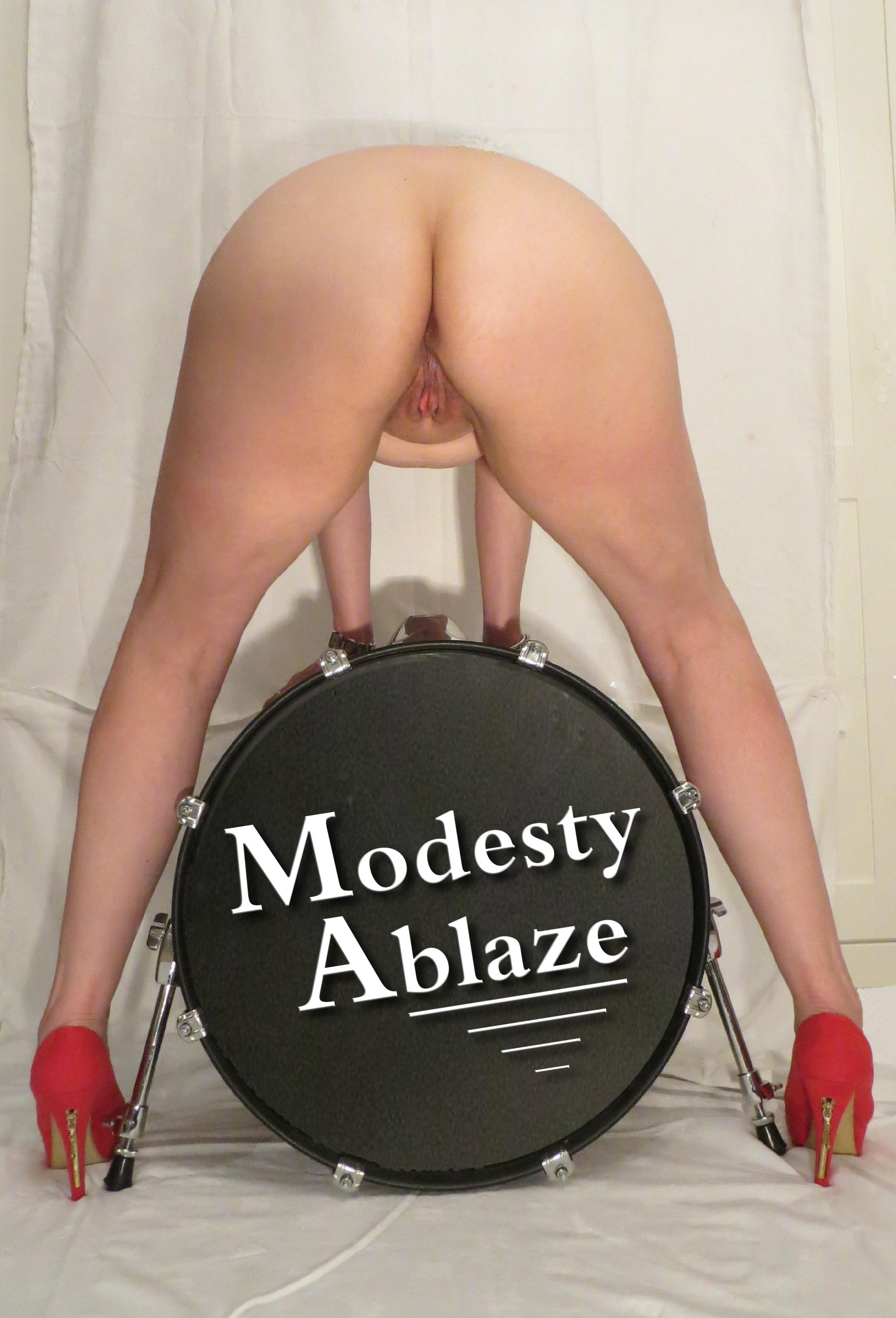 ModestyBummerDrummerNov1513