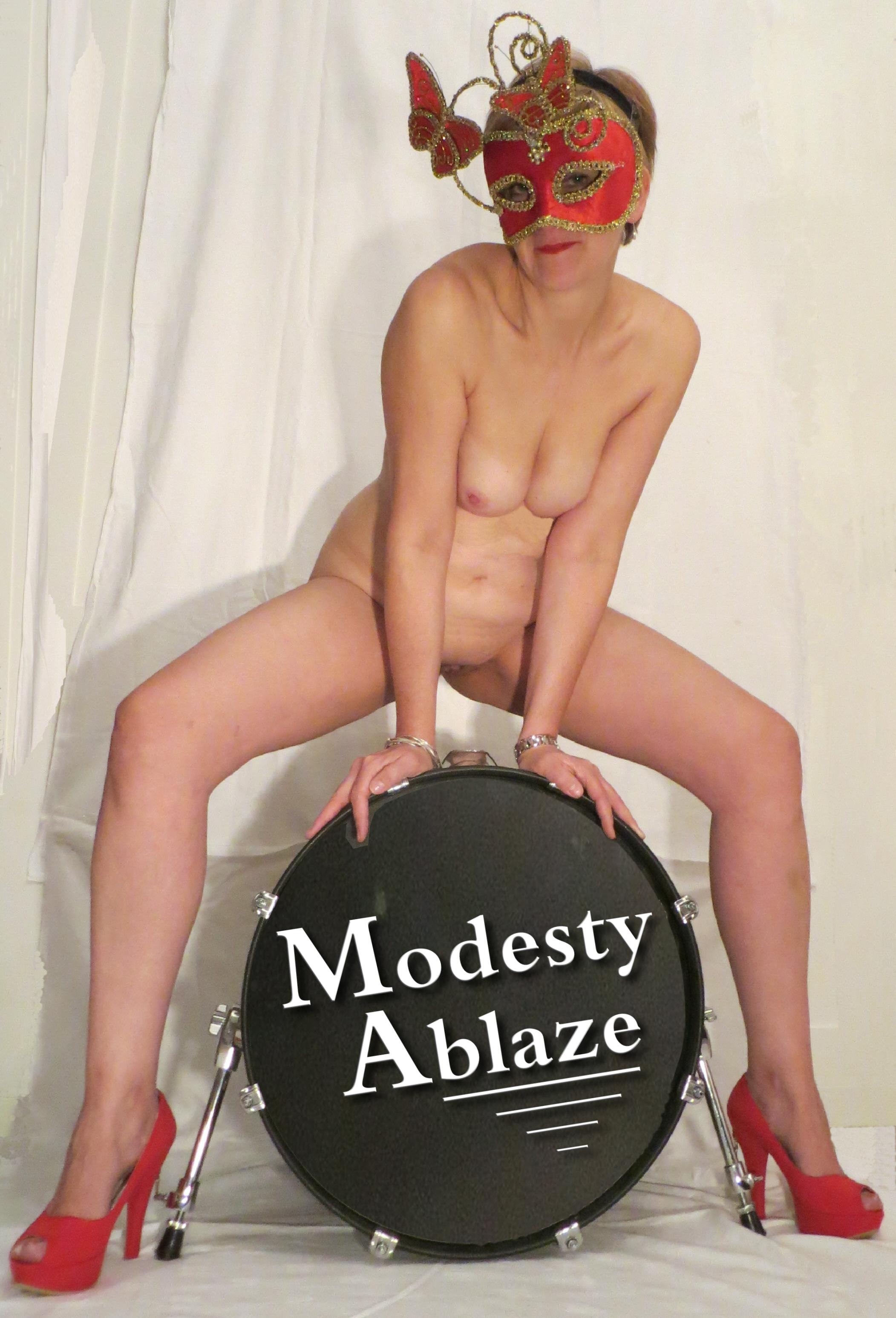 ModestySittingDrummerNov1513