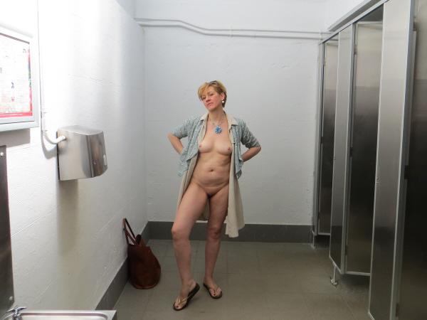 ModestyCornwallToilets3